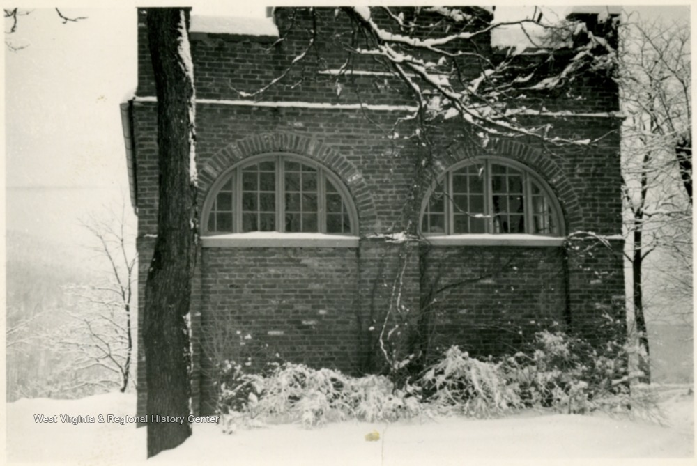 Pictured during the great snow of March 7, 8, 9, 1941.